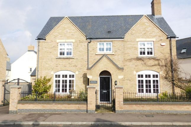Thumbnail Detached house for sale in Paxton Drive, Fairfield, Hitchin