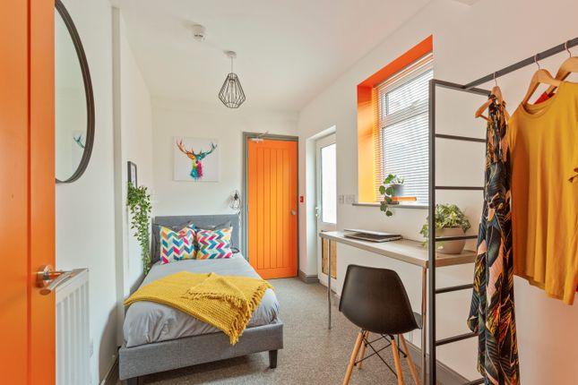 Thumbnail Room to rent in Room 2 8 Bridge Road, Gainsborough