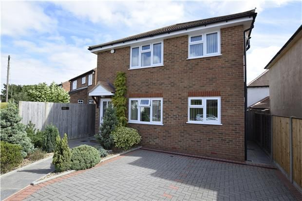 Thumbnail Maisonette to rent in Goodmead Road, Orpington