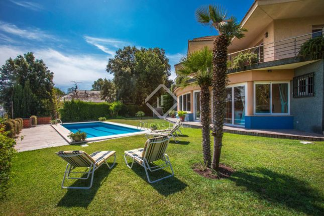 Thumbnail Villa for sale in Spain, Barcelona North Coast (Maresme), Argentona, Mrs6966