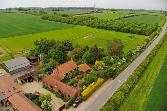 Thumbnail Detached house for sale in Abbeyfields, Abbey Road, Great Massingham, King's Lynn