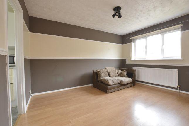 1 bed flat to rent in Wheelers Close, Midsomer Norton, Radstock, Somerset BA3