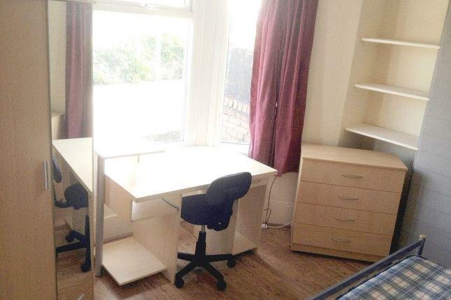 Thumbnail Property to rent in Kingsland Terrace (19), Treforest, Pontypridd