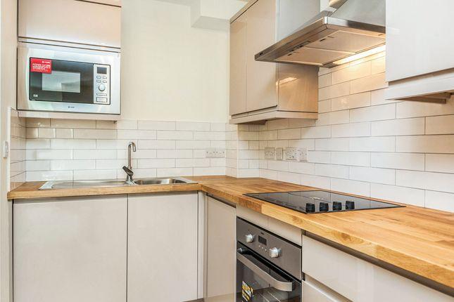 2 bedroom flat for sale in Netham Road, Bristol
