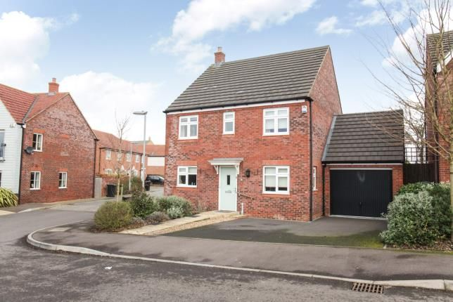 Thumbnail Detached house for sale in Lake View, Houghton Regis, Dunstable, Bedfordshire