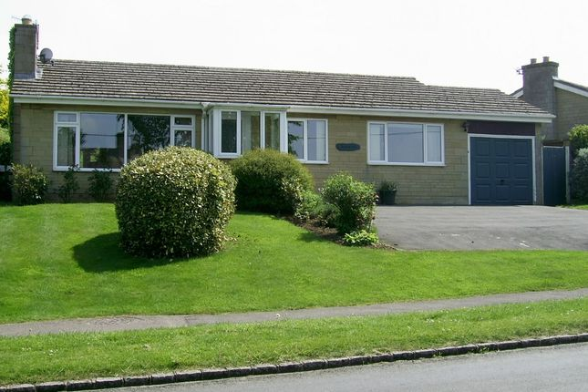 Thumbnail Bungalow to rent in Over Norton Road, Chipping Norton