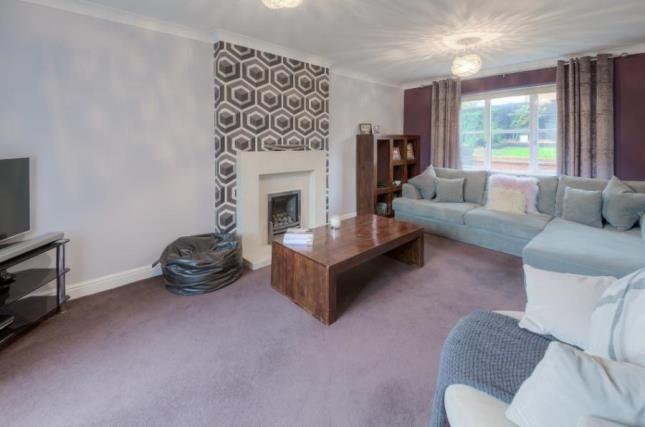 Picture No.04 of Garthwaite Crescent, Shenley Brook End, Milton Keynes MK5