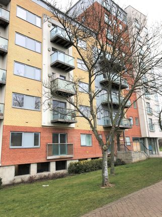 Thumbnail Flat for sale in Cleves Court, Station Lane, Basildon