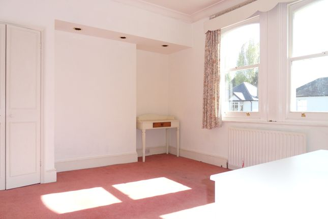Thumbnail Room to rent in Chessington Road, Ewell