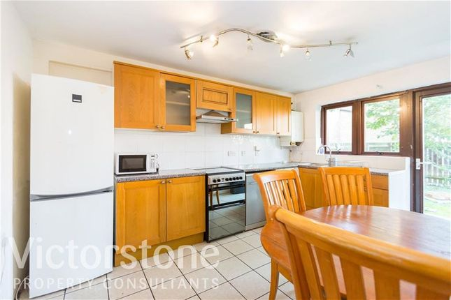 Thumbnail Terraced house to rent in Laburnum Street, Hoxton, London