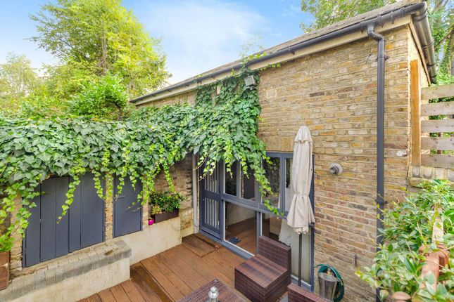 Thumbnail Property for sale in Mercers Road, Tufnell Park
