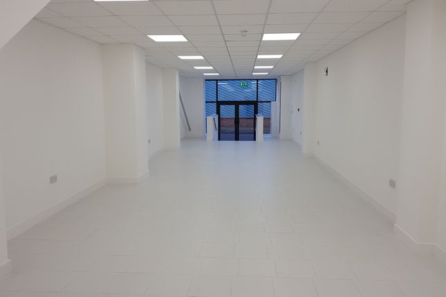 Office to let in Cheetham Hill, Manchester