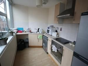 Thumbnail Flat to rent in 30 Peacock Lane, Leicester