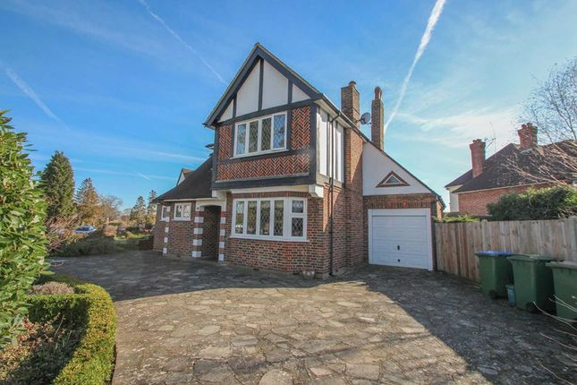 3 bed detached house to rent in Cumberland Drive, Esher KT10