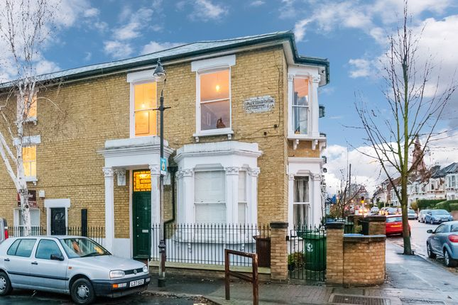 2 bed flat for sale in Adys Road, London