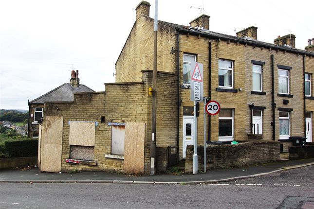 Thumbnail End terrace house for sale in Bright Street, Sowerby Bridge