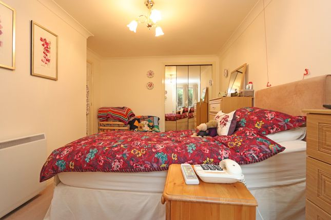 Bedroom of High Street, Cullompton EX15