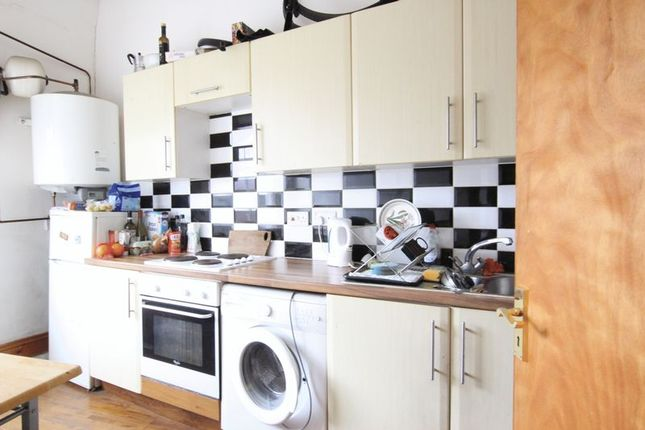 1 bed flat to rent in Morning Lane, London