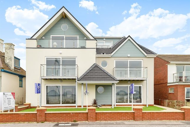 Thumbnail Flat for sale in 4, East Cliffe House, Lee-On-The-Solent