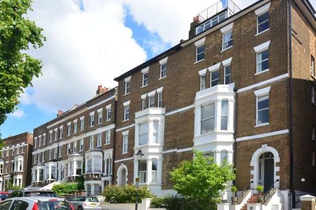2 bed flat for sale in South Hill Park, London