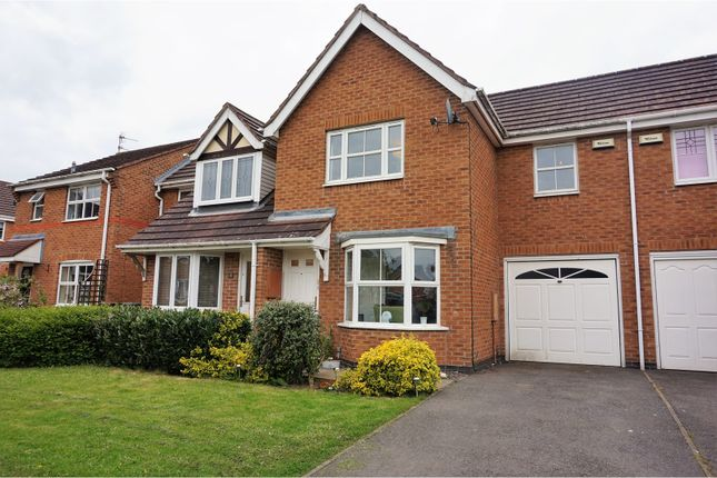 Thumbnail Town house for sale in Derrys Hollow, Coalville