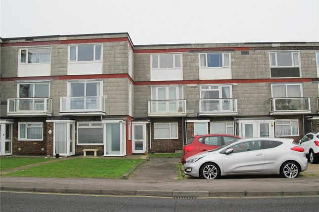 Thumbnail Flat to rent in Woburn Court, Marine Parade East, Lee-On-The-Solent