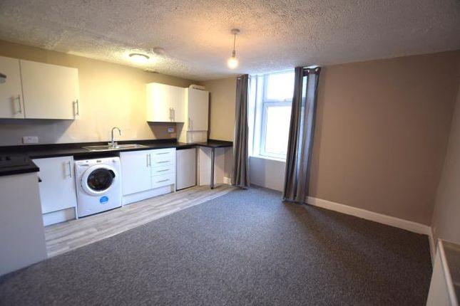 Thumbnail Flat to rent in 6 Isla Street, Dundee