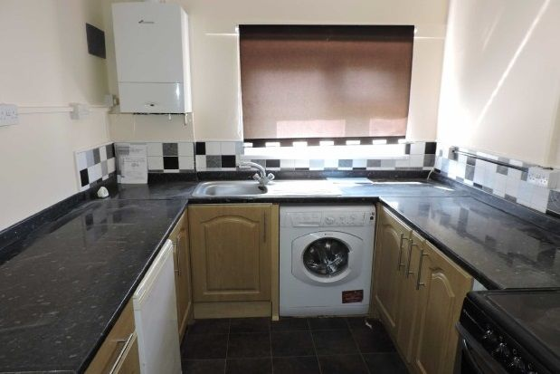 Thumbnail Flat to rent in Jasmine Close, Sketty, Swansea