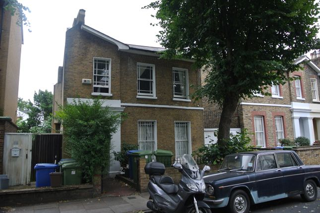 Thumbnail Semi-detached house to rent in King's Grove, London
