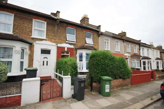 Thumbnail Property to rent in Glenfarg Road, Catford