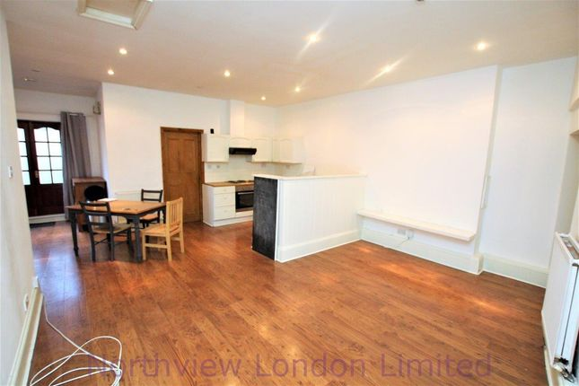 Thumbnail Flat to rent in Stroud Green Road, Stroud Green