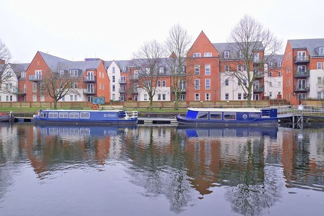 Thumbnail Flat for sale in John Rennie Road, Chichester
