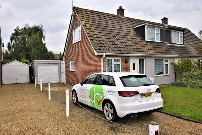 Thumbnail Semi-detached house to rent in Vine Drive, Wivenhoe, Colchester