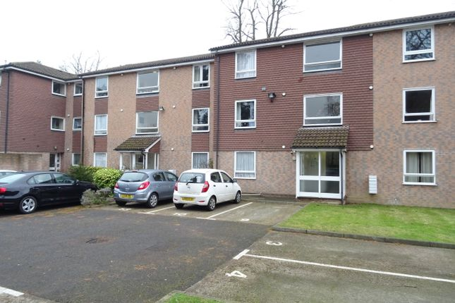 Thumbnail Flat for sale in Church Road, Addlestone