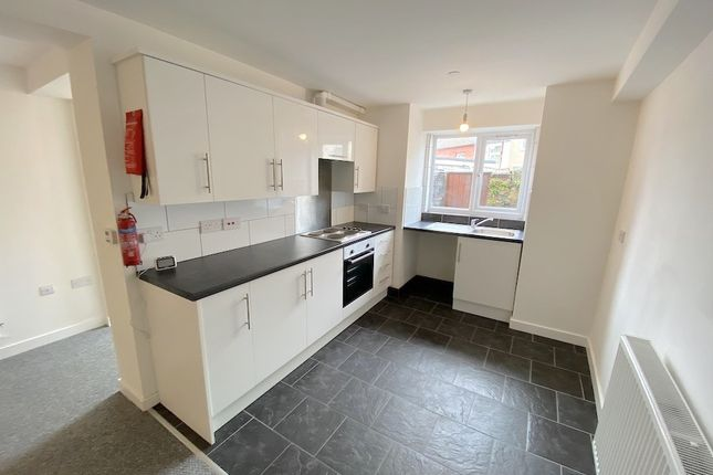 1 bed flat to rent in Church Road, Ton Pentre -, Pentre CF41