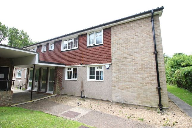 2 bed maisonette to rent in Copley Road, Stanmore