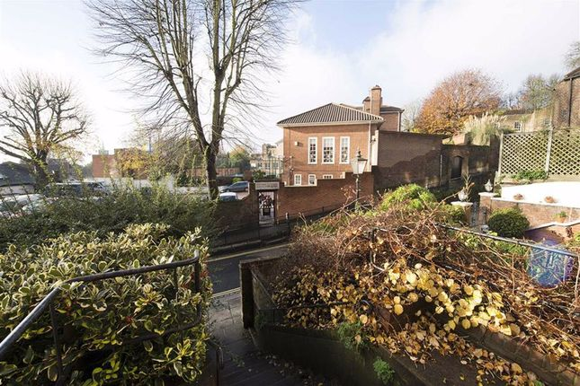 1 bed flat for sale in Holly Hill, London NW3