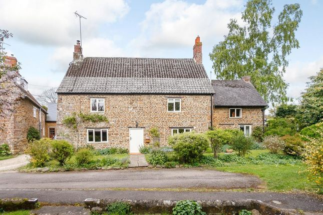Thumbnail Cottage for sale in Wesley Place, Chacombe, Banbury, Oxfordshire