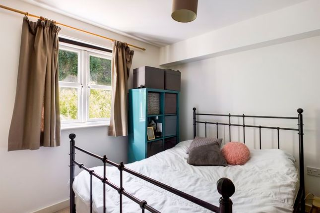 Master Bedroom of College Hill, Penryn TR10