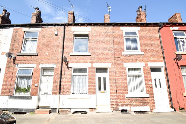 2 bed terraced house to rent in Bowman Street, Wakefield WF1