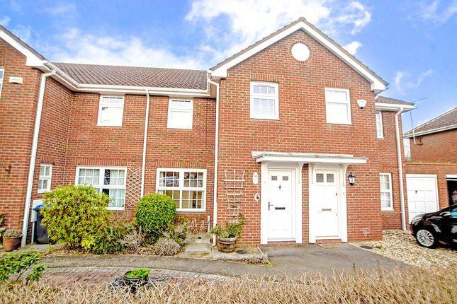Thumbnail Property to rent in Longcroft Gardens, Welwyn Garden City