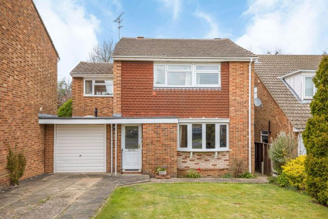 Thumbnail Property for sale in Shepherds Way, Harpenden