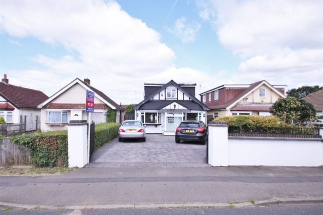 5 bed detached bungalow to rent in Pole Hill Road, Hillingdon, Uxbridge UB10