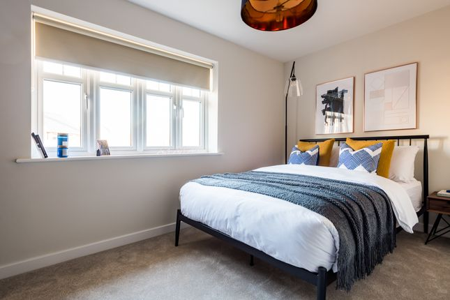 2 bedroom flat for sale in Off Essex Regiment Way, Chelmsford, Essex