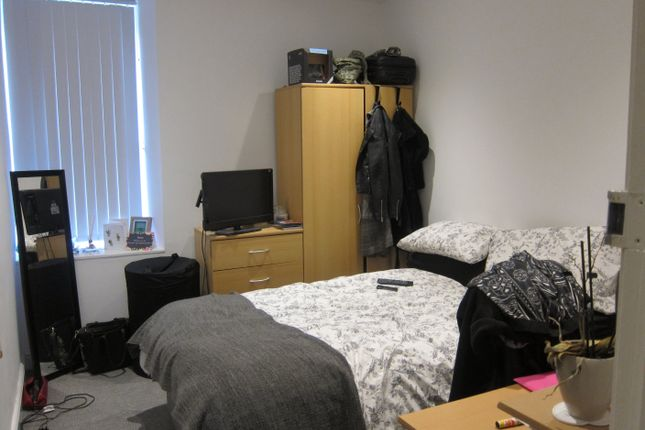 Thumbnail Flat to rent in Wood Road - Middle Flat, Treforest, Pontypridd