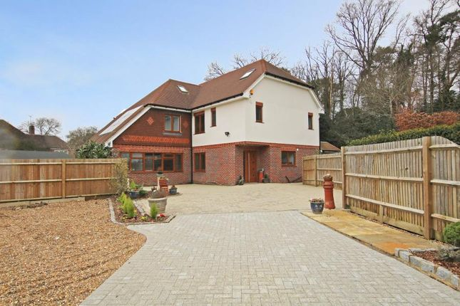 Thumbnail Detached house to rent in Farmhouse Close, Pyrford, Woking