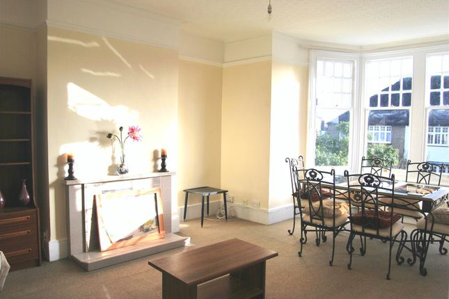 Thumbnail Flat to rent in Harlech Road, Southgate, London