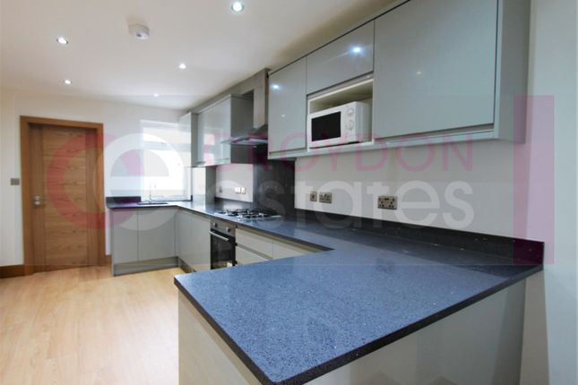 1 bed flat to rent in London Road, Croydon