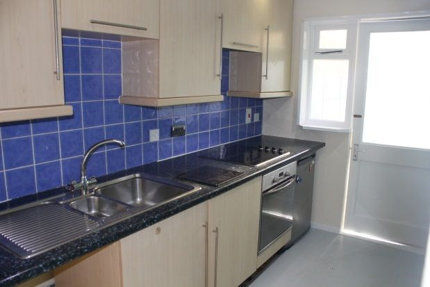Thumbnail Flat to rent in Lon Draenog, Morriston, Swansea