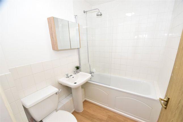 Bathroom of Humber Road, Dartford, Kent DA1
